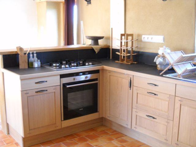 gite ecologique de gaia rocheserviere en vendee cuisine traditionnelle. Black Bedroom Furniture Sets. Home Design Ideas